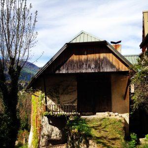 Une ancienne ferme à la Font d'Eygliers
