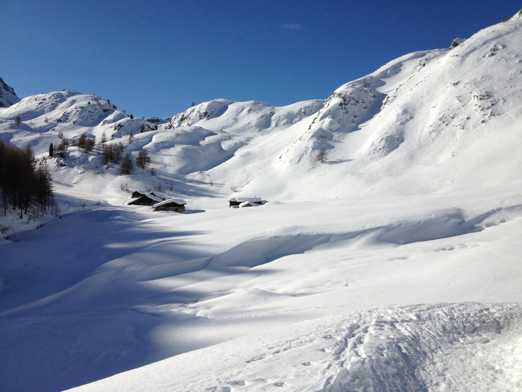 Snowshoeing in France's Southern Alps, Snowshoeing in France's Southern Alps