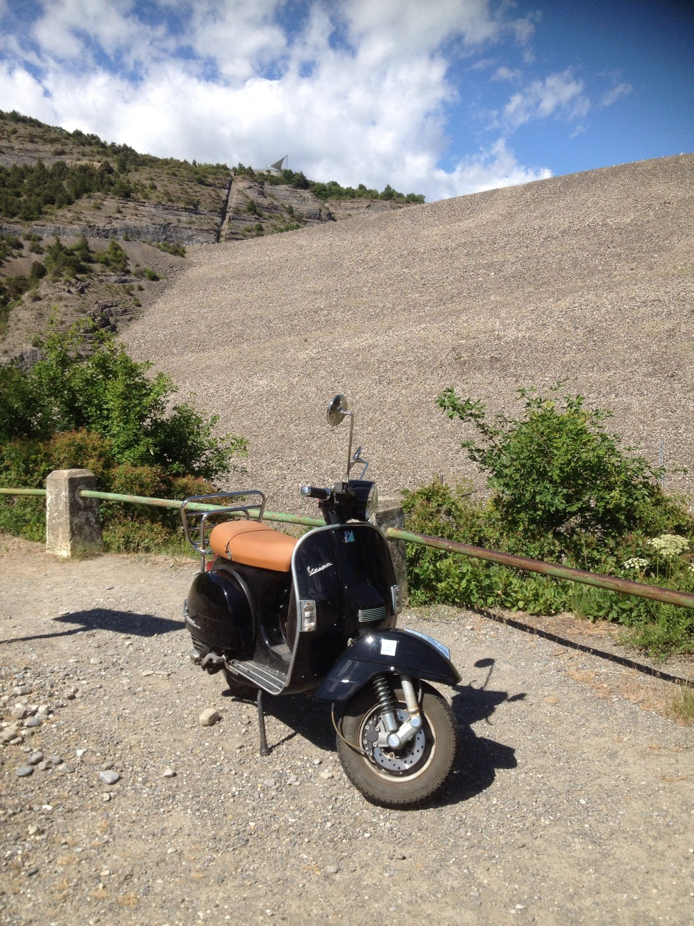 Les cols mythiques, Le printemps, le moment idéal pour les circuits dans les Hautes Alpes