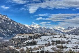 vue sur Mont Dauphin en hiver
